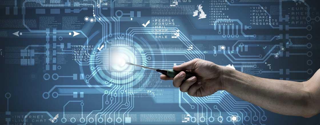 Voller Einsatz für Kundenzufriedenheit: Vier Vorteile von künstlicher Intelligenz im Field Service Management